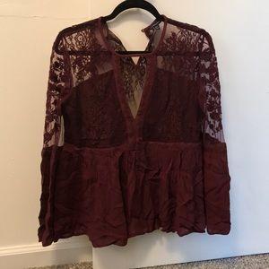 American eagle. Lace blouse. Size medium.